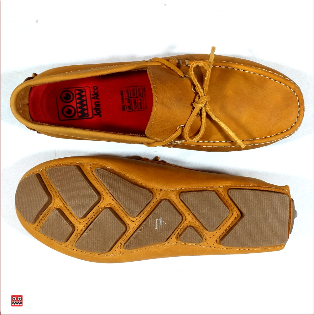 Mocasin miel de cordon Alco 2 DESCRIPCION Material en cuero 100% color miel, zuela cocida color cafe . $98.000 TALLAS Col 38-39-40-41-42-43.