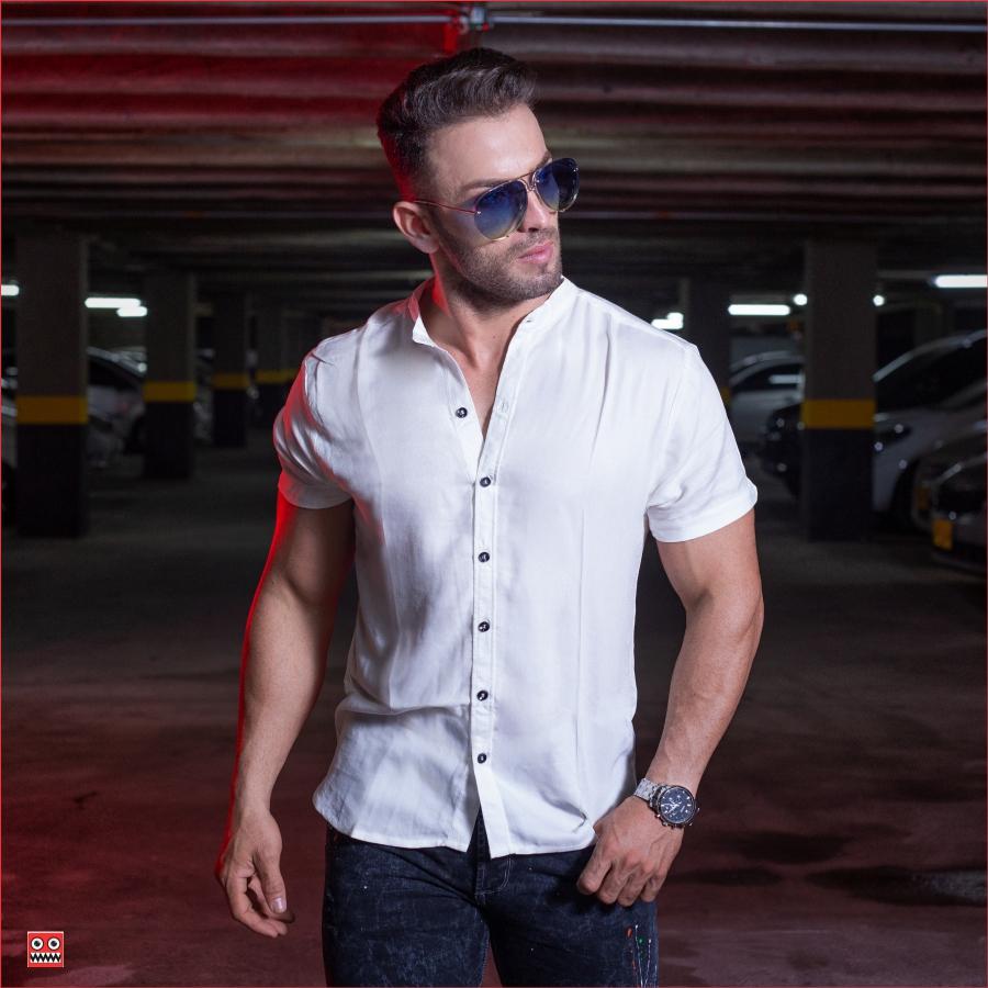 ref 1471 2 Camisa MC blanco hueso, tela fria 98% viscosa + 2%expande.
