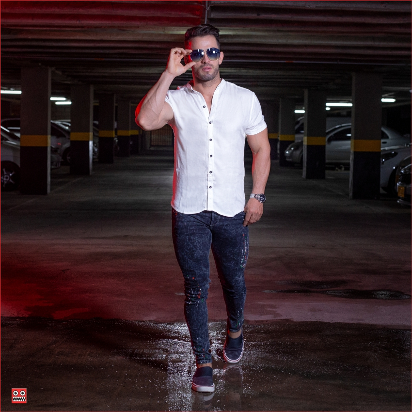 ref 1471 Camisa MC blanco hueso, tela fria 98% viscosa + 2%expande.