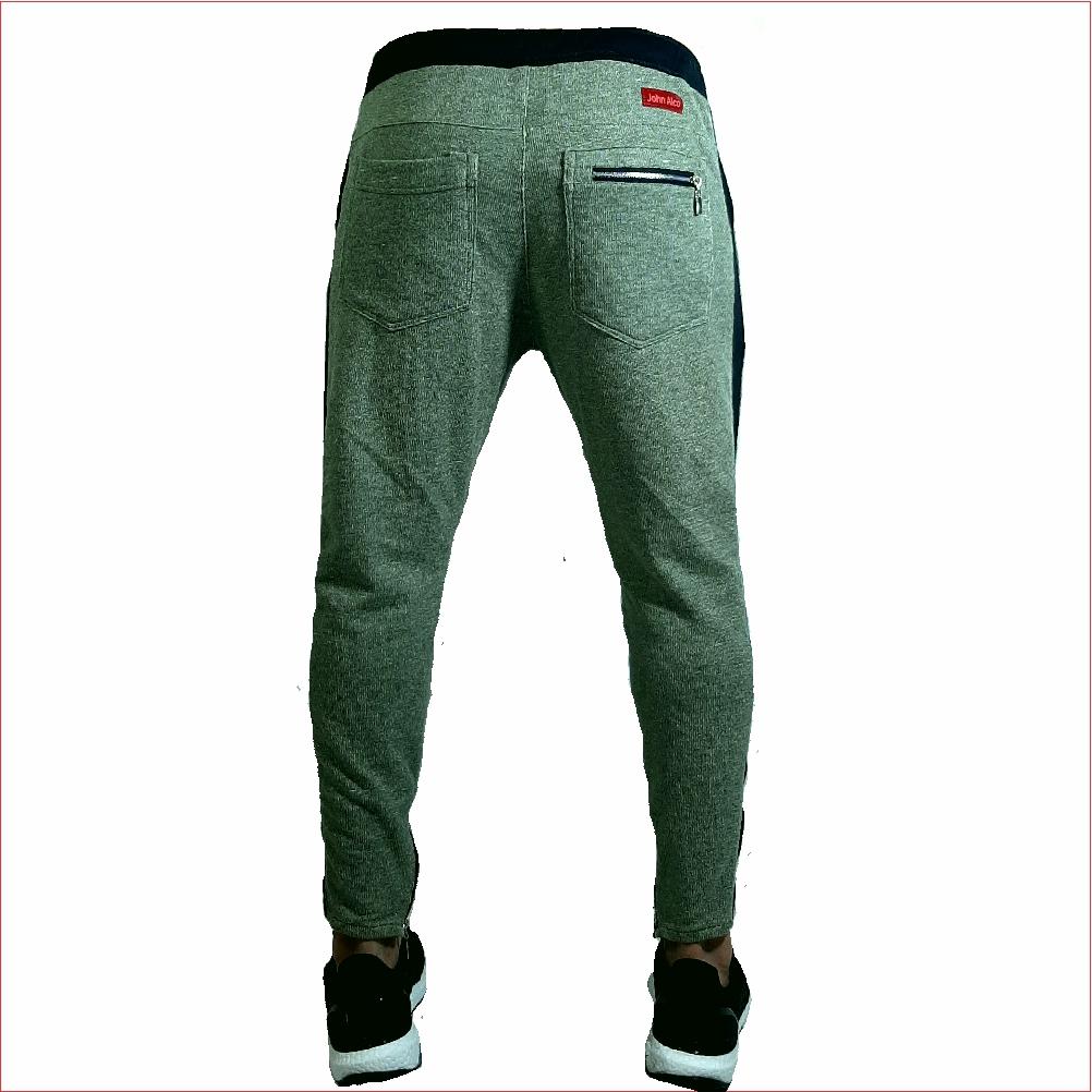 Sudadera ref 1567 3 DESCRIPCION Sudadera jogger color verde agua, tela 98% algodon mas 2% de expande. $67 mil