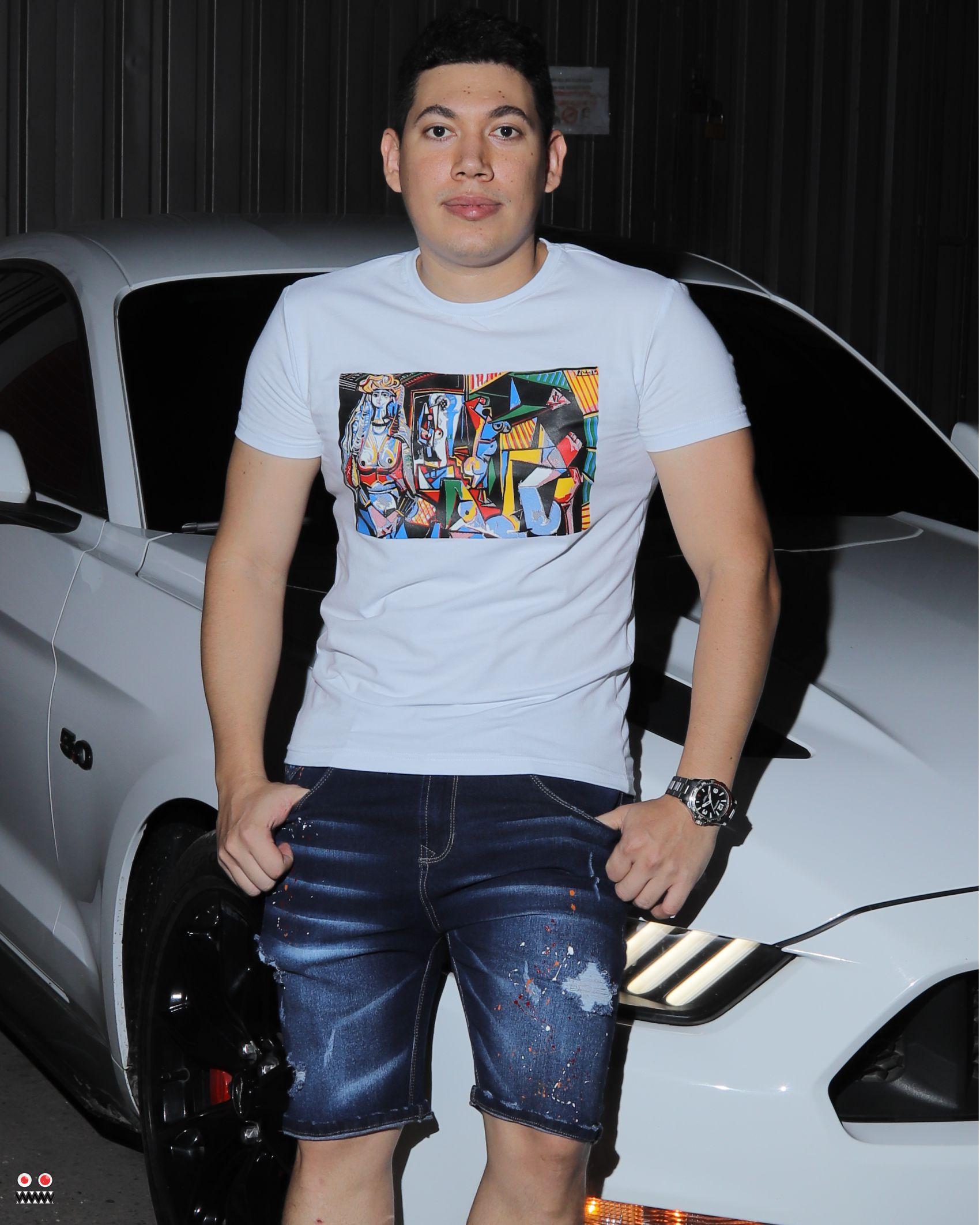 ref 1679 2 camiseta blanco cubismo, tela en algodon Tallas S-M-L-XL. $48.000.
