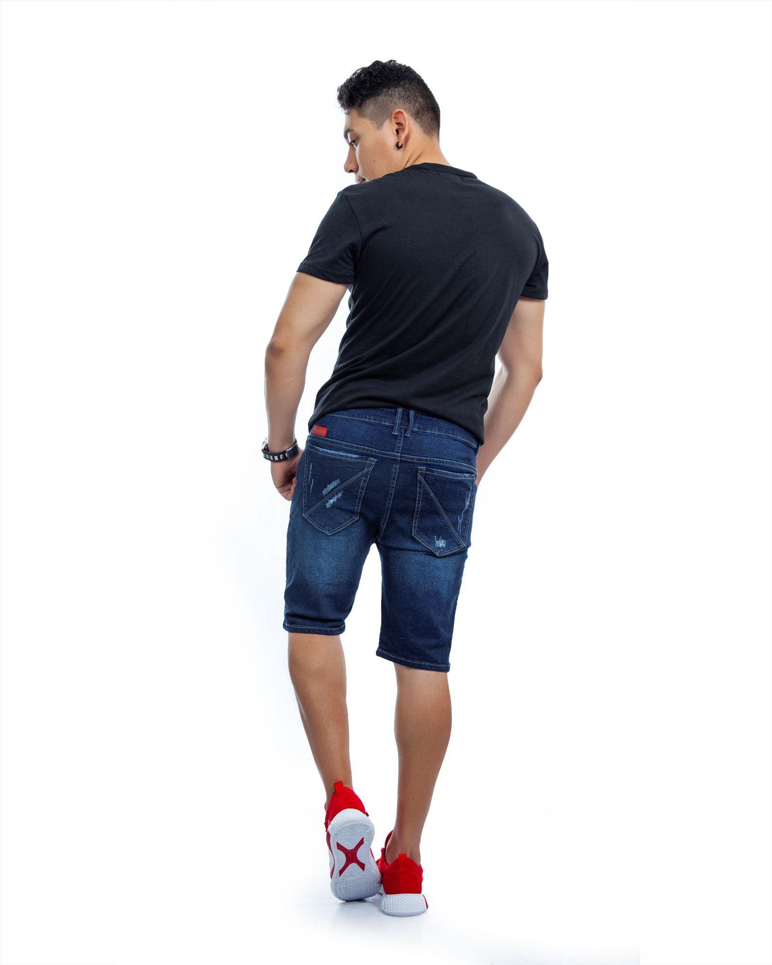 ref 1751 2 camiseta pablo, color negro, tela 100% en algodon Tallas S-M-L-XL. $48.000.