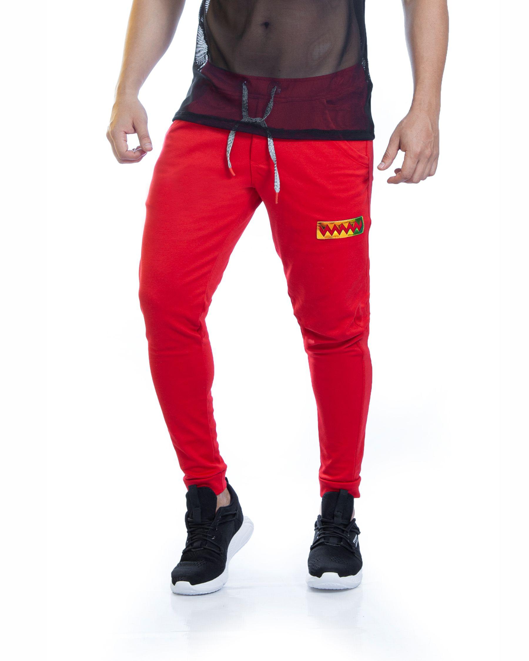 Sudadera ref 1713 0 DESCRIPCION Sudadera jogger color rojo, tela 98% algodon mas 2% de expande. $67 mil